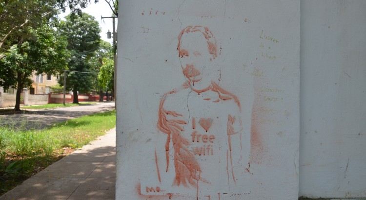 Graffiti of national hero José Martí at a wifi hotspot (Photo Credit: D. Wertheimer)